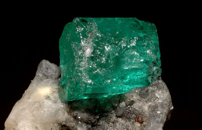 Emerald meaning and magical power