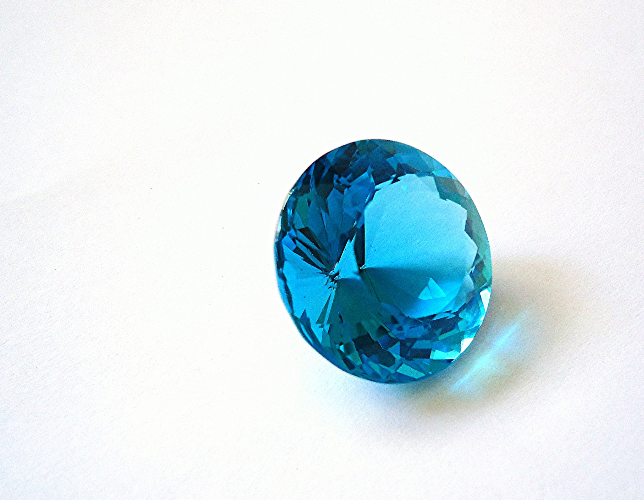 feast eyes the on in blue gemstone world photos your largest topaz