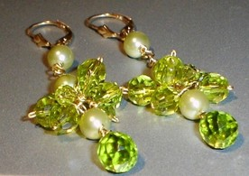 Pair of peridot earring